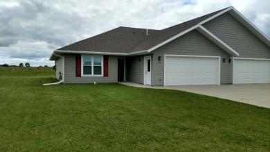 258 North Pond Drive, Jackson, MN 56143